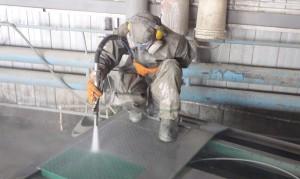 Удаление лакокрасочного покрытия пескоструем